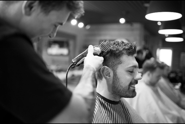 CAPELLO'S BARBERS AT THE CUTTING EDGE