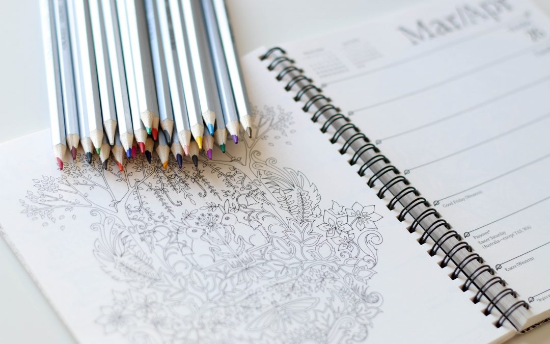 5 BENEFITS OF ADULT COLOURING BOOKS